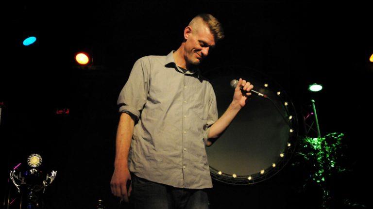 Bühne frei für die Poeten! Poetry Slams im Theater in der Stadthalle Neumünster