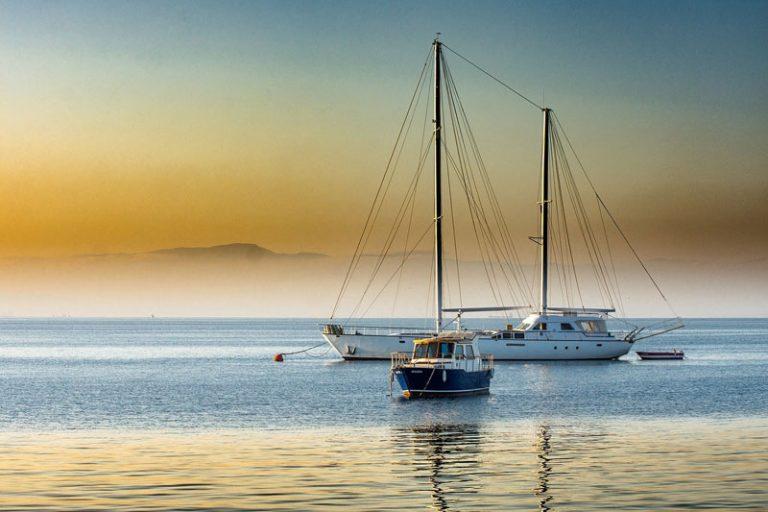 Die schönsten Yachtcharter Reisen buchen und erleben