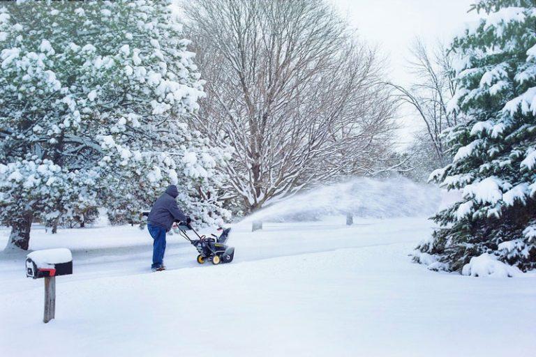 Schneechaos im Anmarsch? Winterdienstpflichten in Neumünster für Bürgerinnen und Bürger