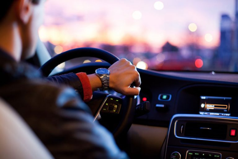 Leasing oder Fahrzeug kaufen?